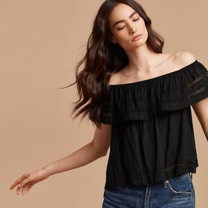 Aritzia Wilfred Hollande Off Shoulder Ruffle Top